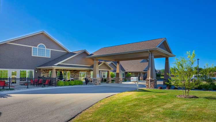 Image Gallery | Charter Senior Living of Bay City Leasing Center